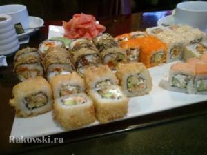 Роллы от суши-бара Милано в Орске