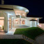 Освещение загородного дома и дачи