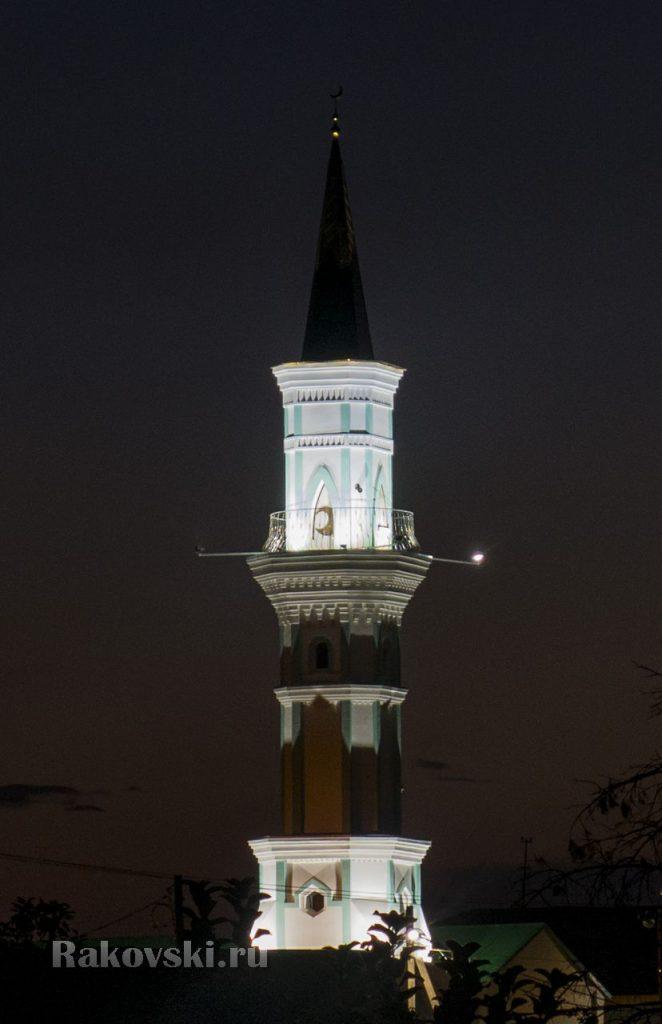 Мечеть с подсветкой